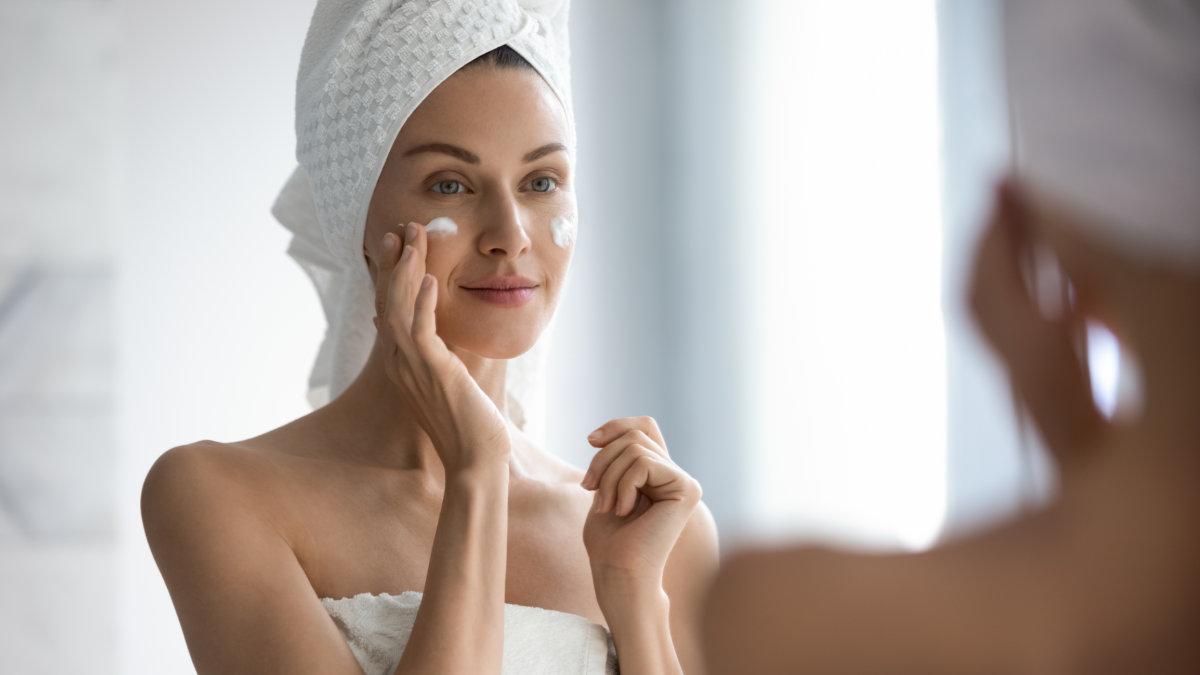 Como tirar oleosidade da pele