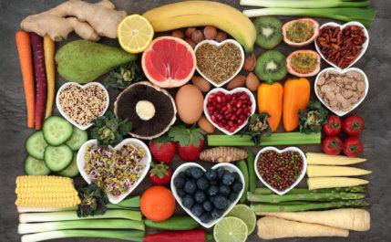 Conheça os alimentos ricos em vitaminas que você precisa consumir