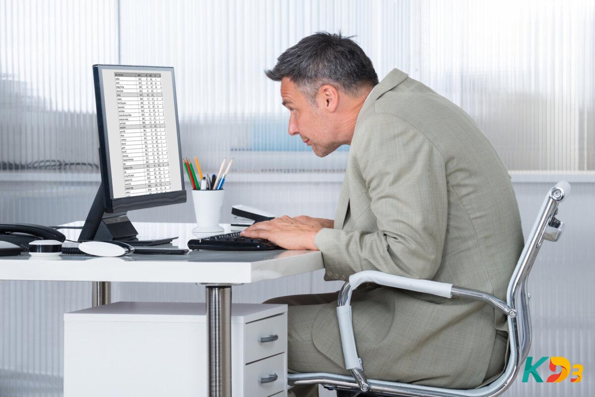 3 dicas práticas para ter a postura correta e poupar a sua coluna