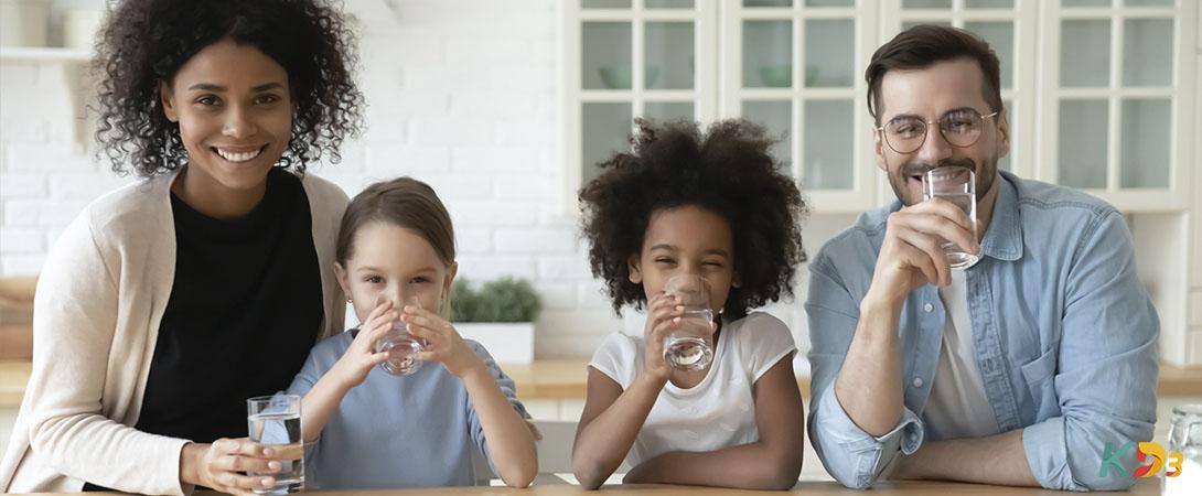 Quantos litros de água você deve tomar por dia Faça seu cálculo!
