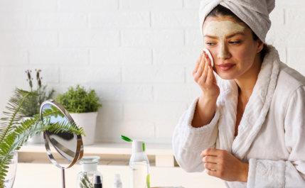 Skincare: conheça os riscos de fazer estas combinações caseiras
